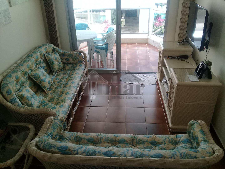 Apartamento 2 dorms na praia da Enseada com lazer.