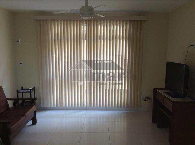 Oportunidade pra vender hoje  com 02 dormitórios R$260 mil