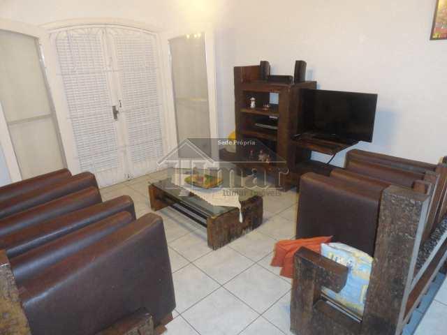 Casa Térrea à venda, 4 dorms, piscina, Jardim Virgínia, Guarujá