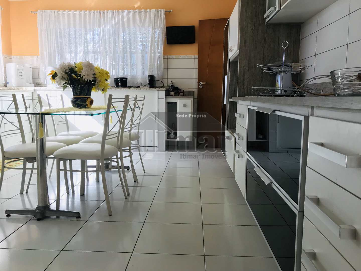 Casa Sobrado, 5 suítes, piscina, chur, local nobre, Guarujá, SP