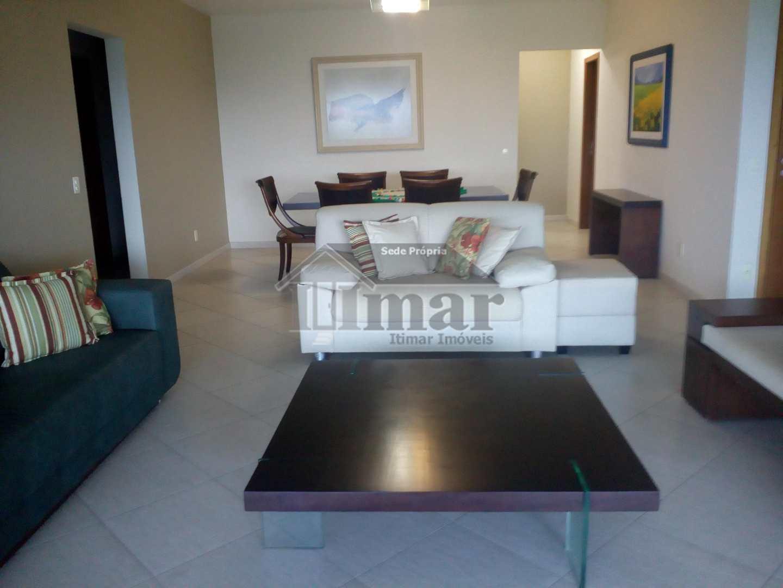 Apartamento de alto padrão c/ 4 suítes e vista para o mar!