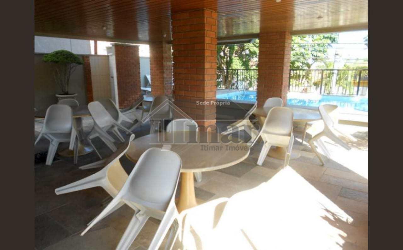 Apartamento com 2 dorms na Praia da Enseada, Guarujá!