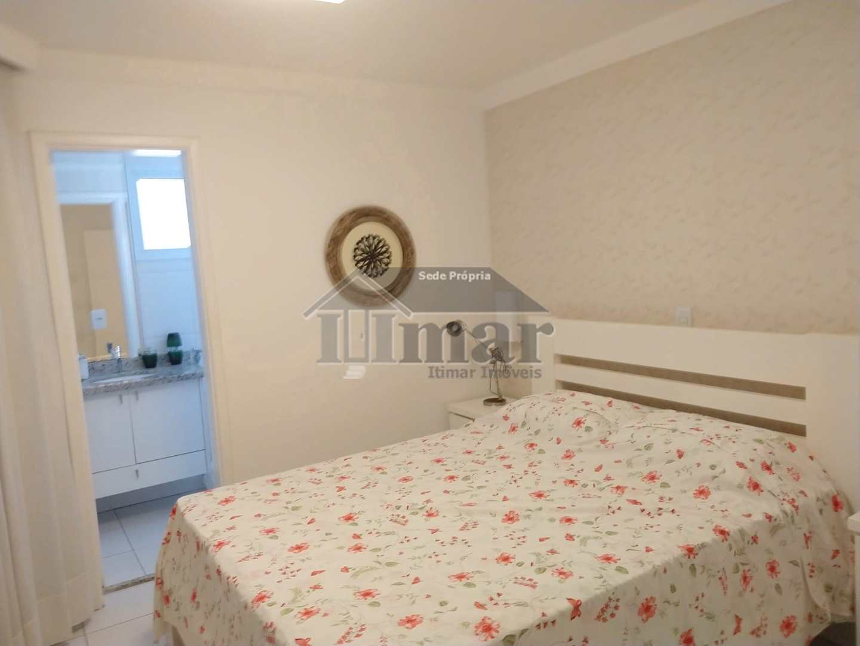 Apartamento com 3 dorms, Praia de Pitangueiras, Guarujá - R$ 550 mil, Cod: 5470