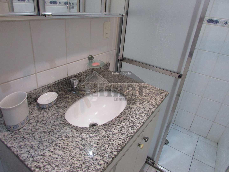 Apartamento com 2 dorms, PRAIA DAS PITANGUEIRAS, Guarujá - R$ 450 mil, Cod: 5478