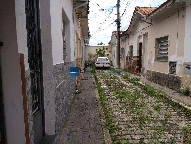 Casa com 2 dorms, Centro, Mogi das Cruzes - R$ 180 mil, Cod: 113155