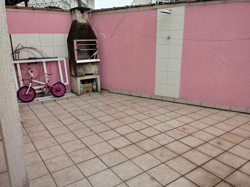 Casa em São Vicente bairro Parque Bitaru