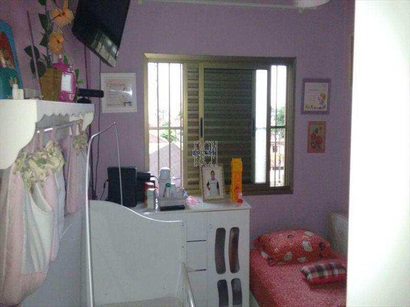 Apartamento em São Vicente bairro Parque Bitaru
