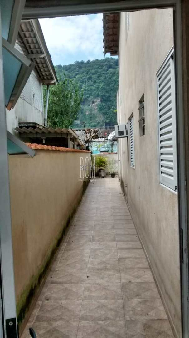 Casa com 3 dorms, Vila São Jorge, São Vicente - R$ 380 mil, Cod: 91425
