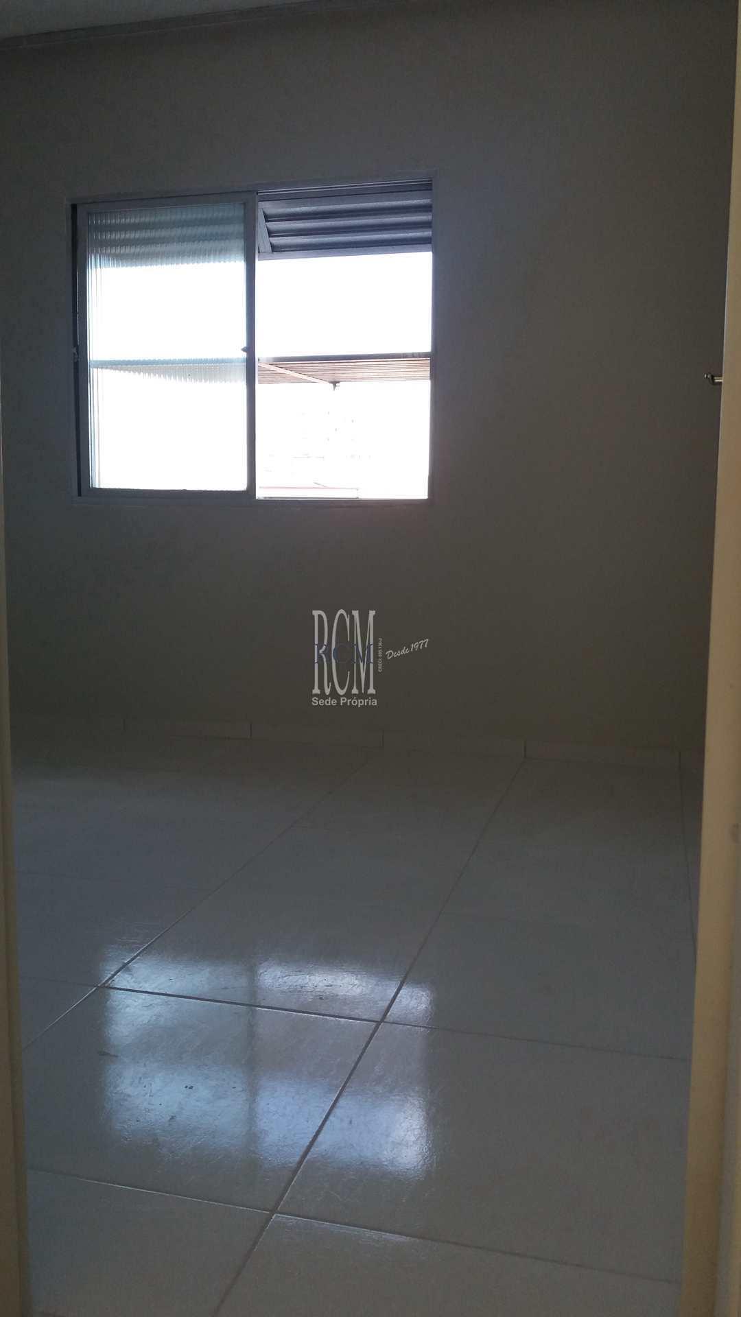 Apartamento com 2 dorms, Vila Valença, São Vicente - R$ 219 mil, Cod: 91653