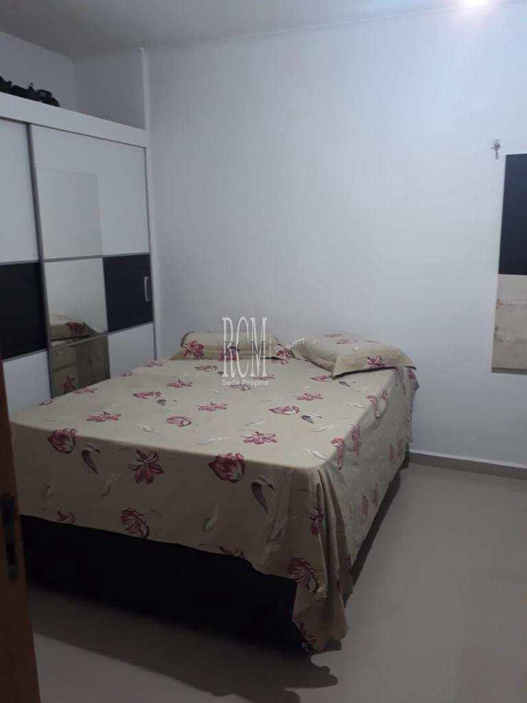 Sala Living com 1 dorm, Centro, São Vicente - R$ 200 mil, Cod: 92043