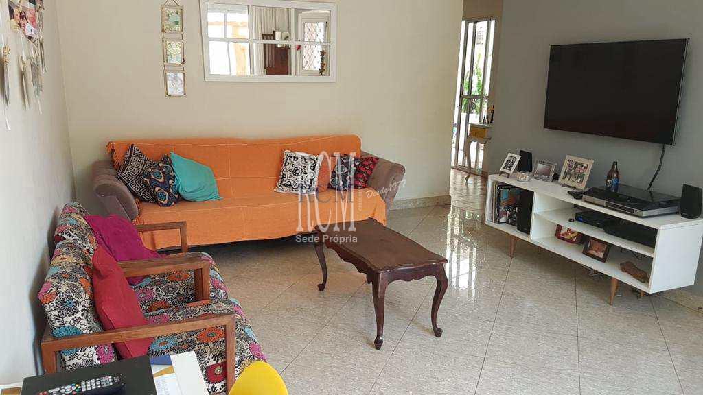 Sobrado com 3 dorms, Vila Valença, São Vicente - R$ 850 mil, Cod: 92060