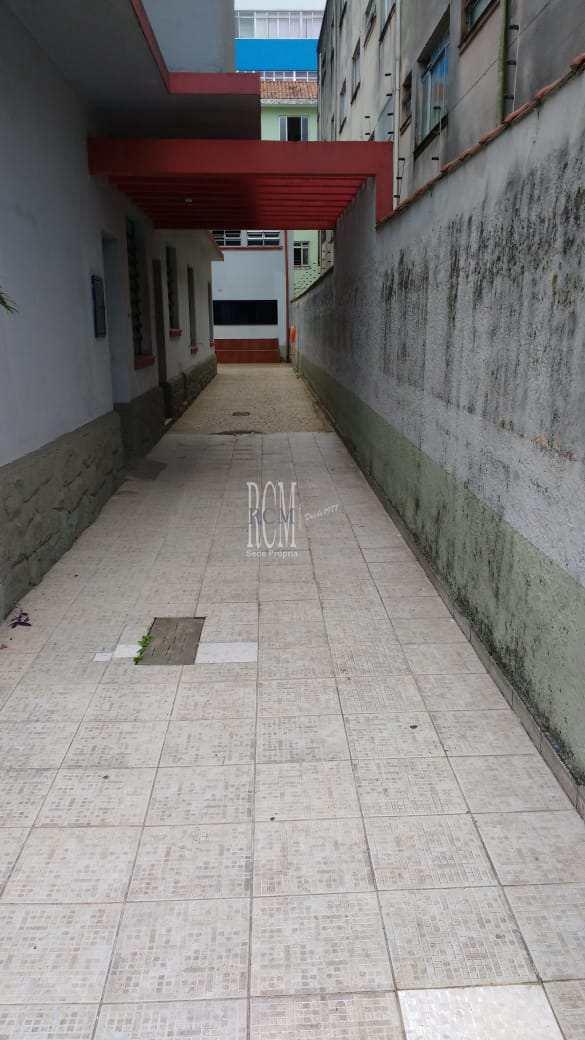 Casa com 3 dorms, Centro, São Vicente - R$ 1 mi, Cod: 92070