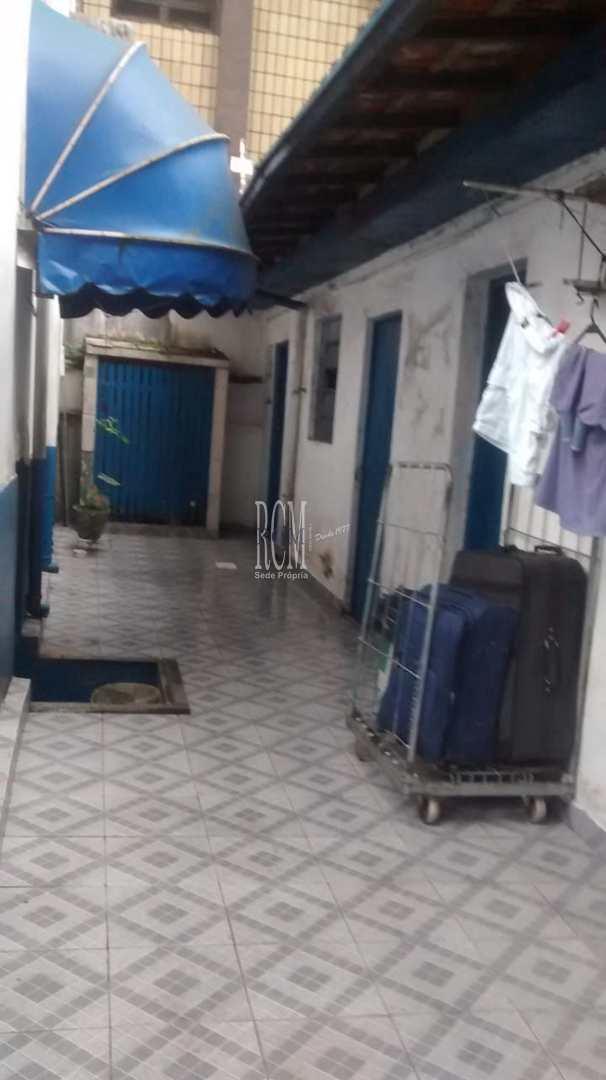 Sobrado com 6 dorms, Gonzaga, Santos, Cod: 92272