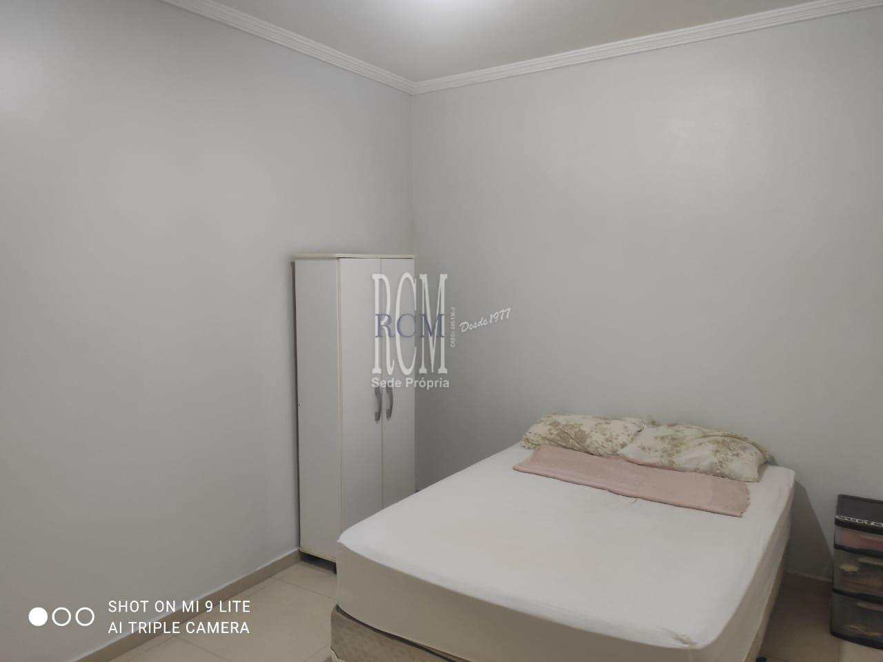 Apartamento com 2 dorms, Vila Valença, São Vicente - R$ 249 mil, Cod: 92502
