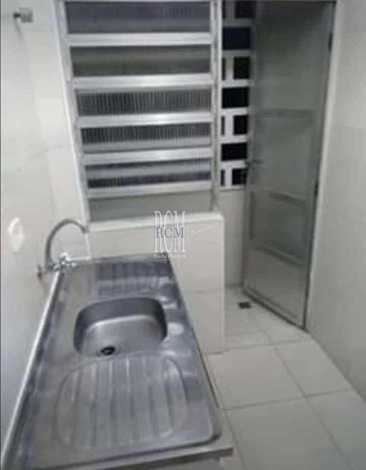 Sala Living com 1 dorm, Centro, São Vicente - R$ 139 mil, Cod: 92559