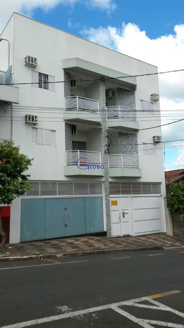 Apartamento com 2 dorms, Centro, Jales, Cod: 4633