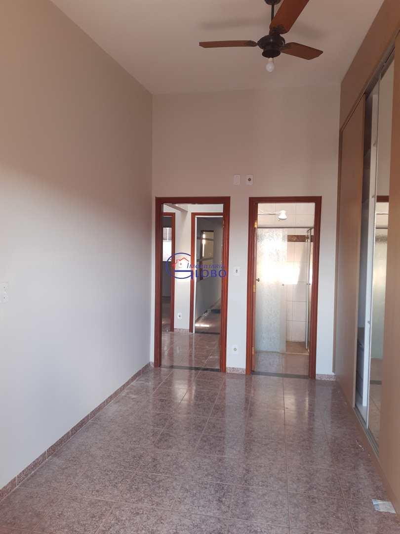 Apartamento com 3 dorms, Centro, Jales, Cod: 4671