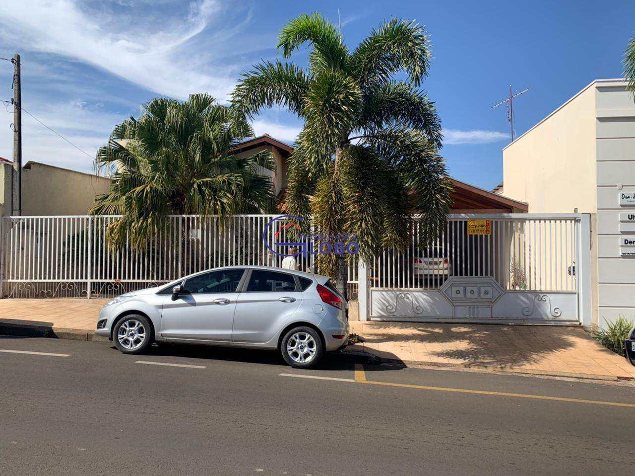 Casa com 3 dorms, Centro, Jales, Cod: 4727