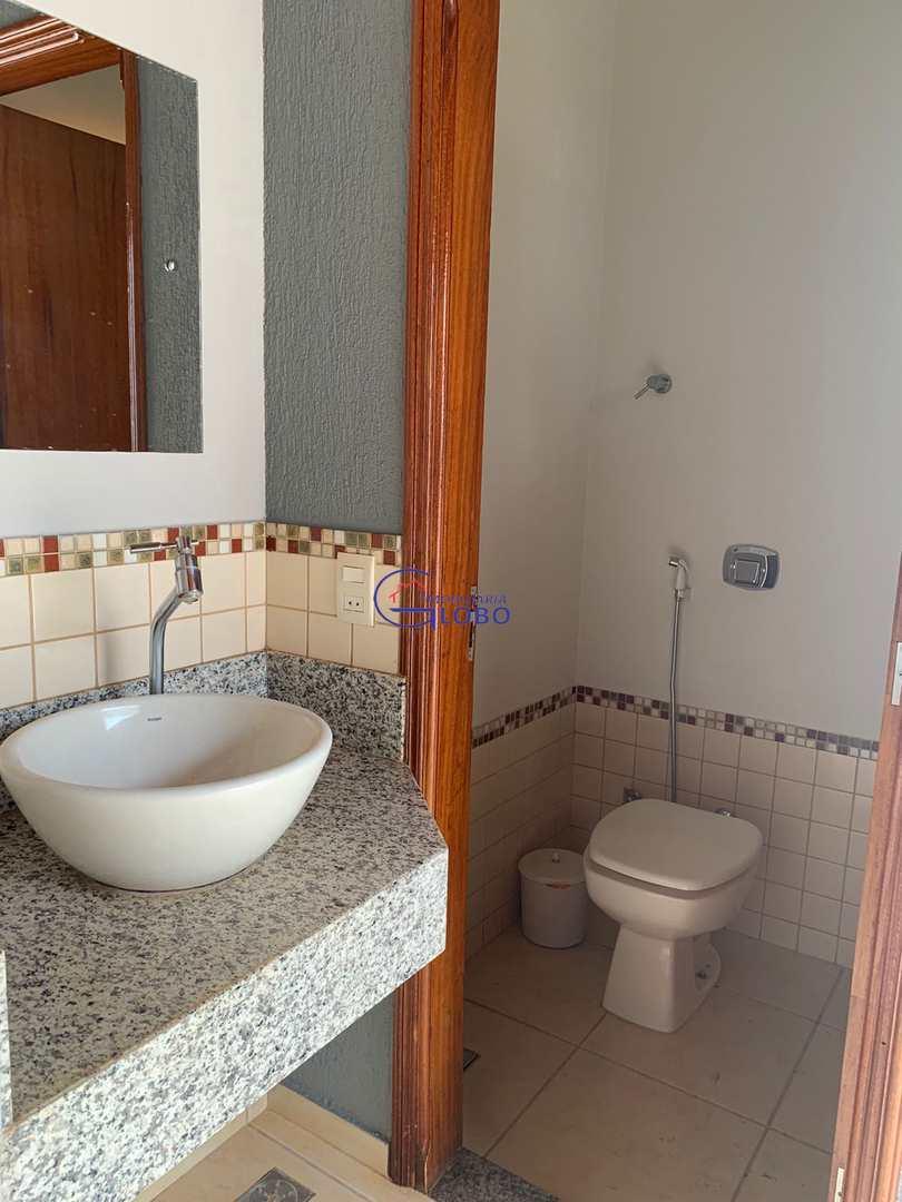 Casa com 3 dorms, Jardim Doutor Euplhy Jalles, Jales, Cod: 4733