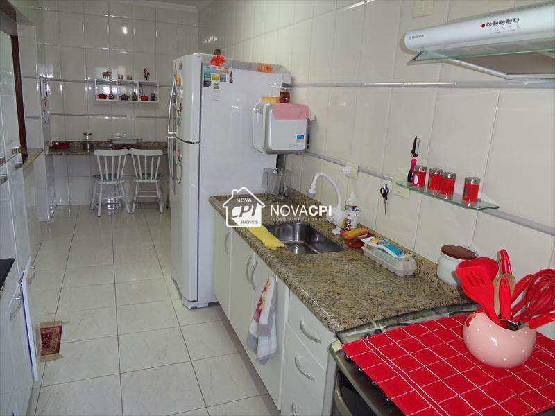 102317700-16_COZINHA_APARTAMENTO_EM_PRAIA_GRANDE.jpg