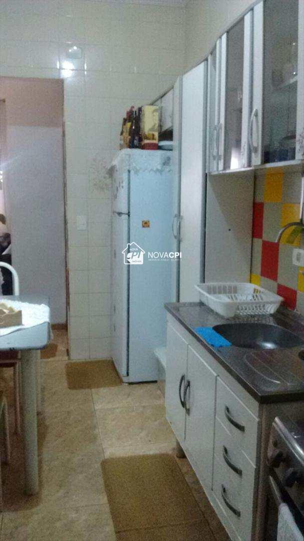 20110404-08_COZINHA_ANGULO_02_CASA__PRAIA_GRANDE.jpg