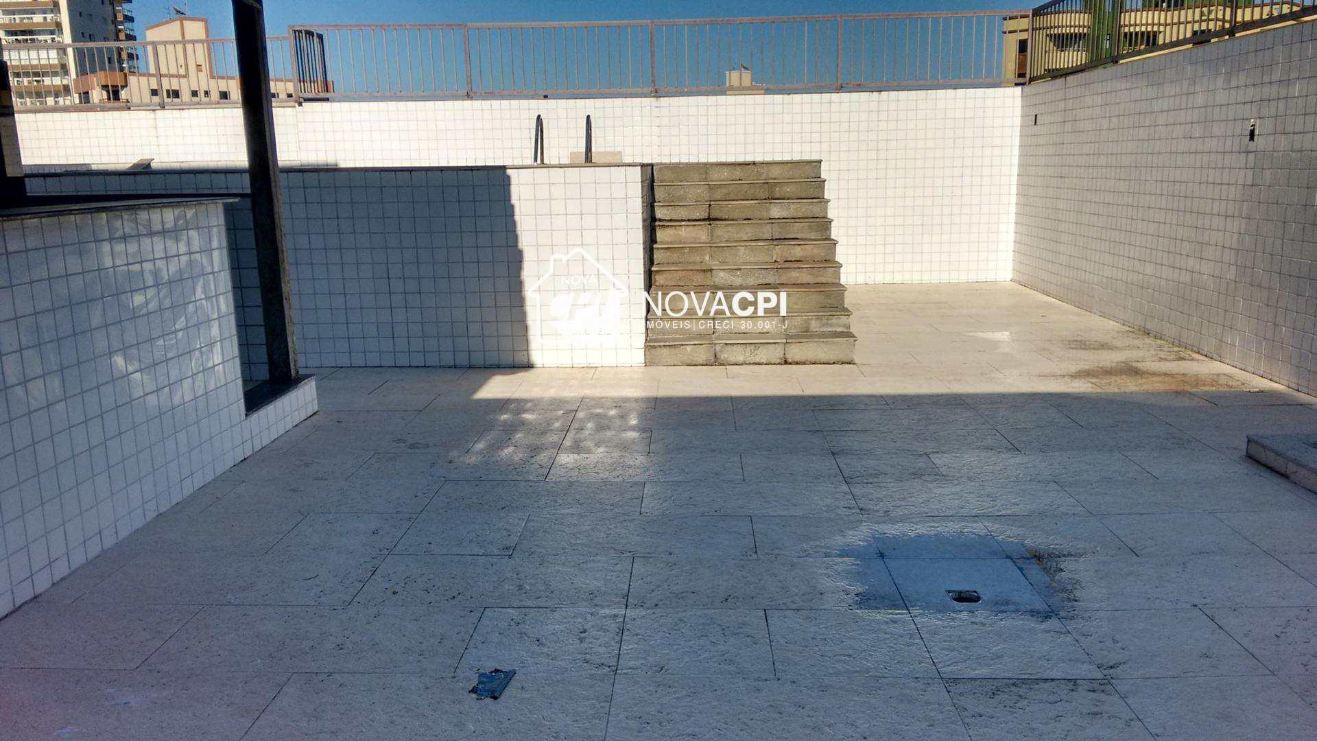 30- ESPAÇO PISCINA- COBERTURA EM PRAIA GRANDE