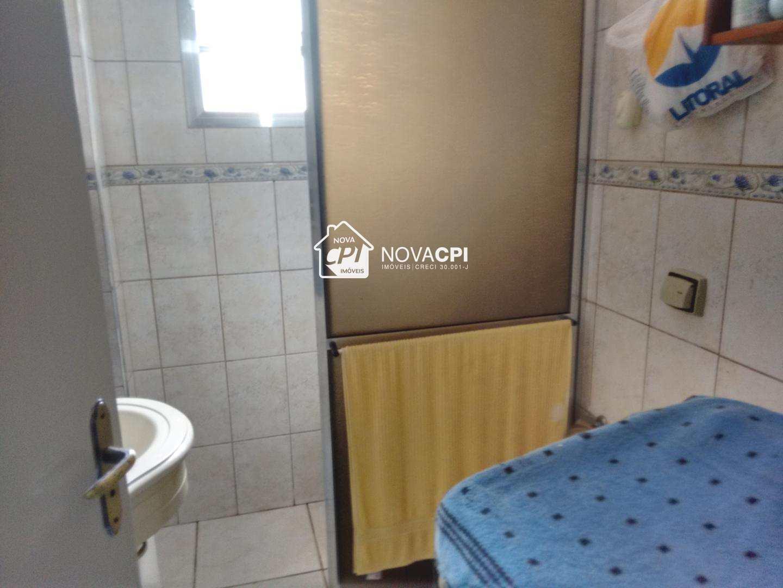 11 - BANHEIRO SOCIAL ANGULO 03 - APARTAMENTO EM SÃO VICENTE
