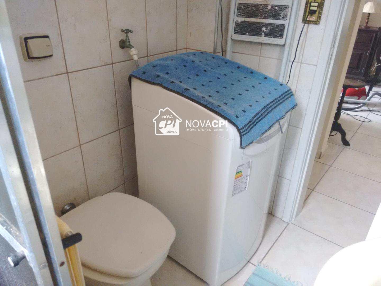 09 - BANHEIRO SOCIAL - APARTAMENTO EM SÃO VICENTE