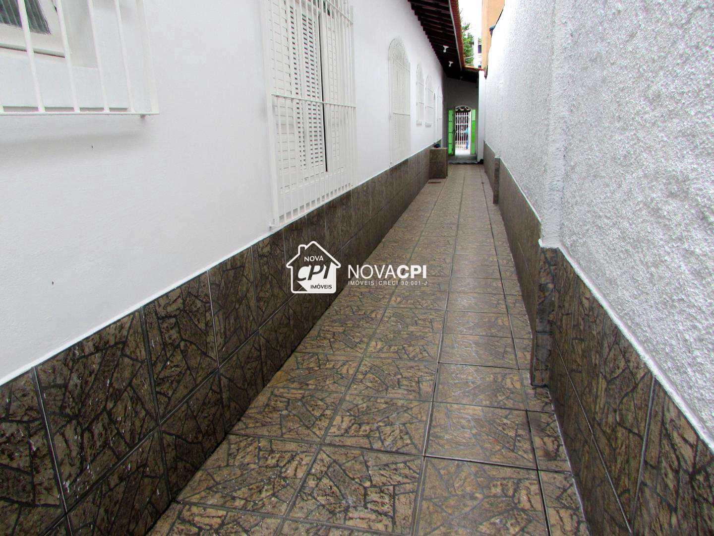 24 - CORREDOR ANGULO 02 - CASA EM PRAIA GRANDE