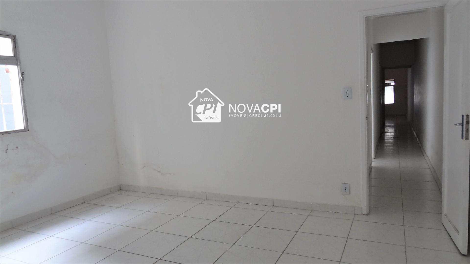 12- DORMITÓRIO 03 ANGULO 03-CASA EM PRAIA GRANDE