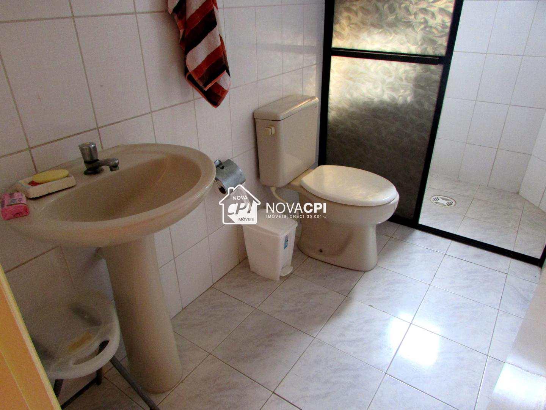 11 - BANHEIRO SOCIAL - APARTAMENTO EM PRAIA GRANDE