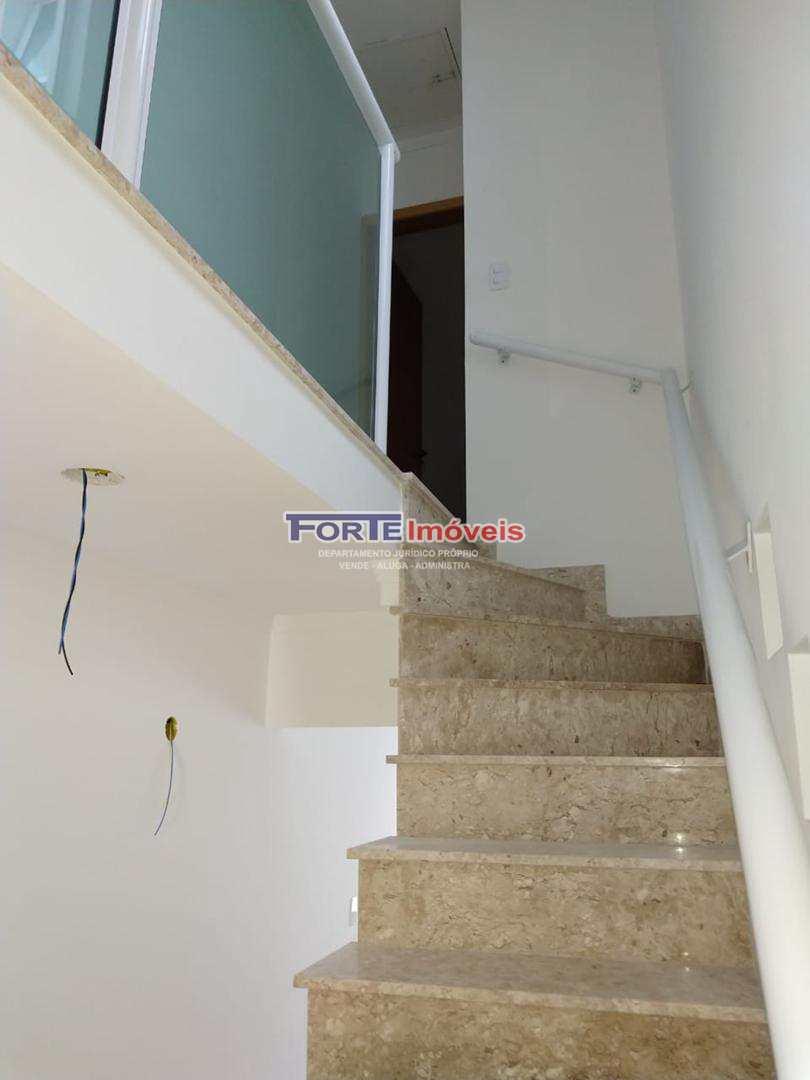 Sobrado com 3 dorms, Vila Irmãos Arnoni, São Paulo - R$ 530 mil, Cod: 42903516