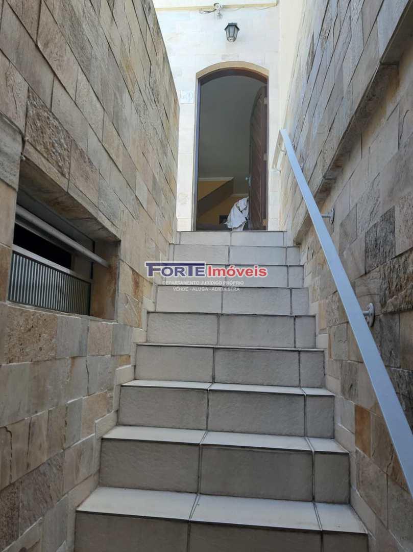 Sobrado com 3 dorms, Parque Ramos Freitas, São Paulo - R$ 430 mil, Cod: 42903673