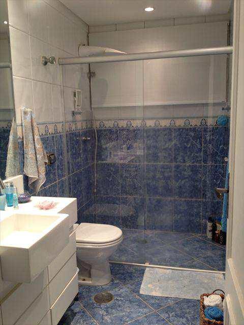 788500-15 WC. SOCIAL