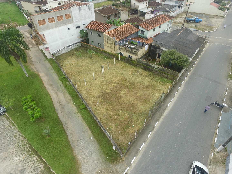 Área, Centro, Pariquera-Açu - R$ 230 mil, Cod: 1082