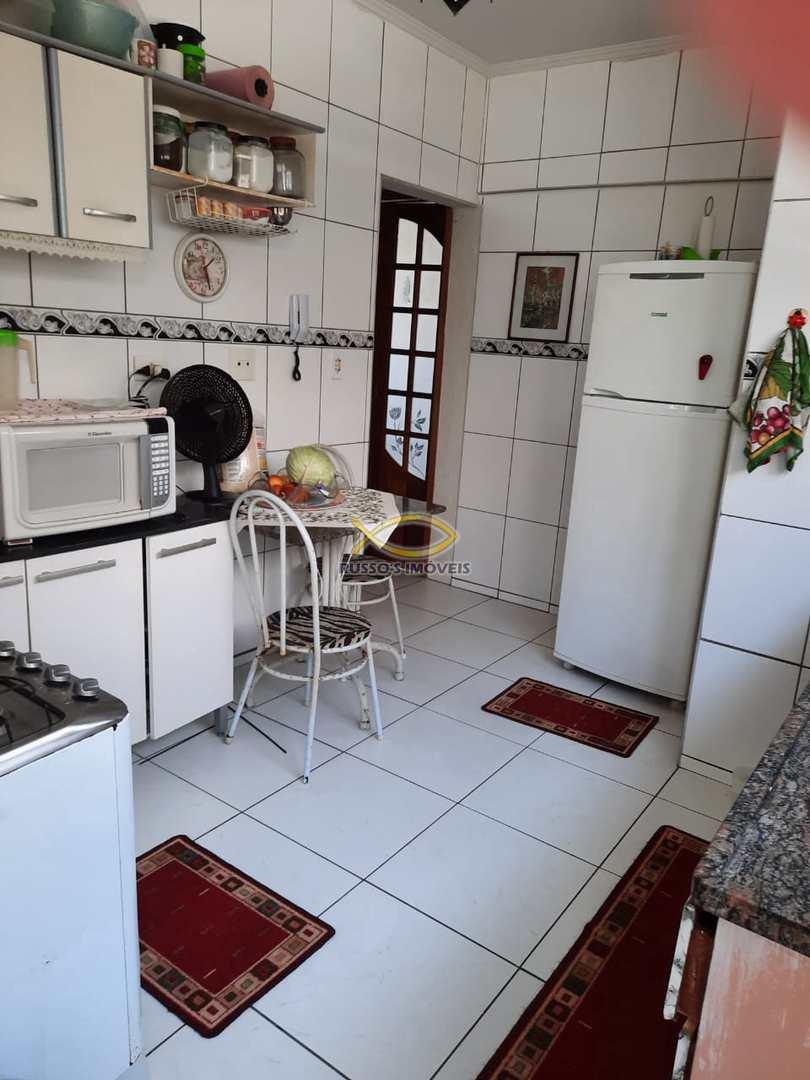 Apartamento com 2 dorms, Guilhermina, Praia Grande - R$ 210 mil, Cod: 60020610