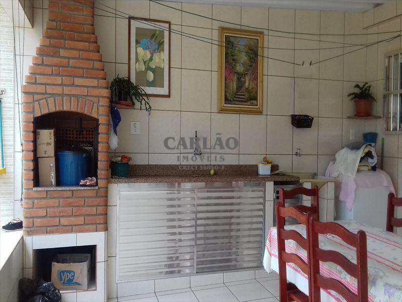Sobrado em Mongaguá bairro Balneário Itaóca