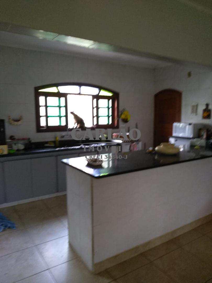 Casa com 4 dorms, Balneário Itaóca, Mongaguá - R$ 650 mil, Cod: 352252