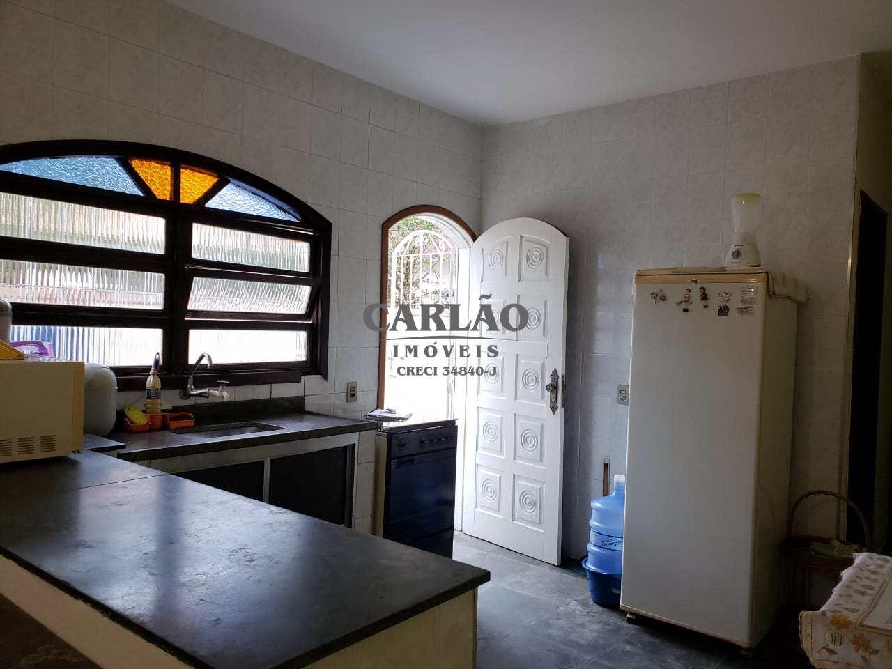 Casa com 2 dorms, Balneário Itaóca, Mongaguá - R$ 180 mil, Cod: 352996