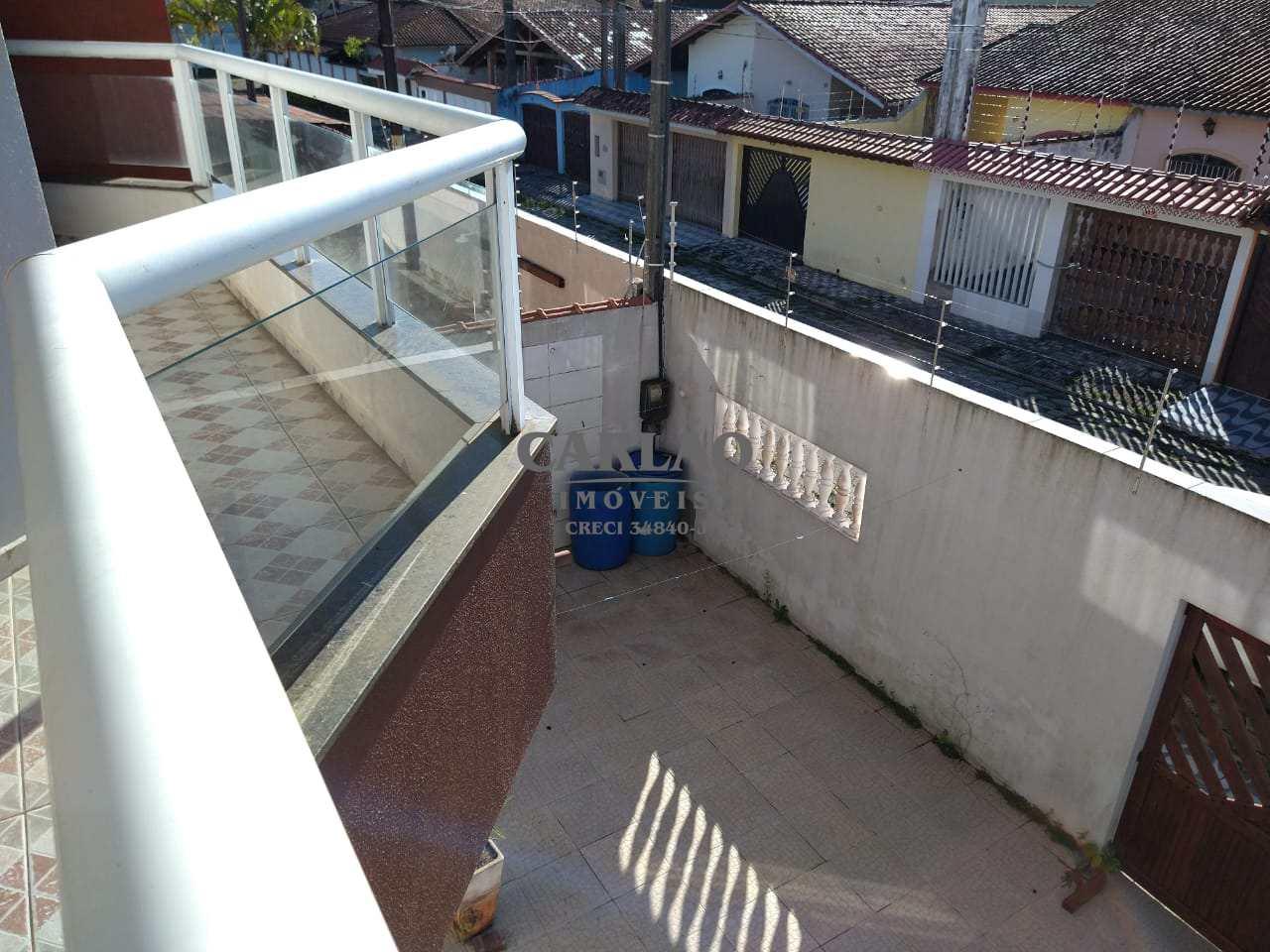 Sobrado com 3 dorms, Itaguaí, Mongaguá - R$ 350 mil, Cod: 353112