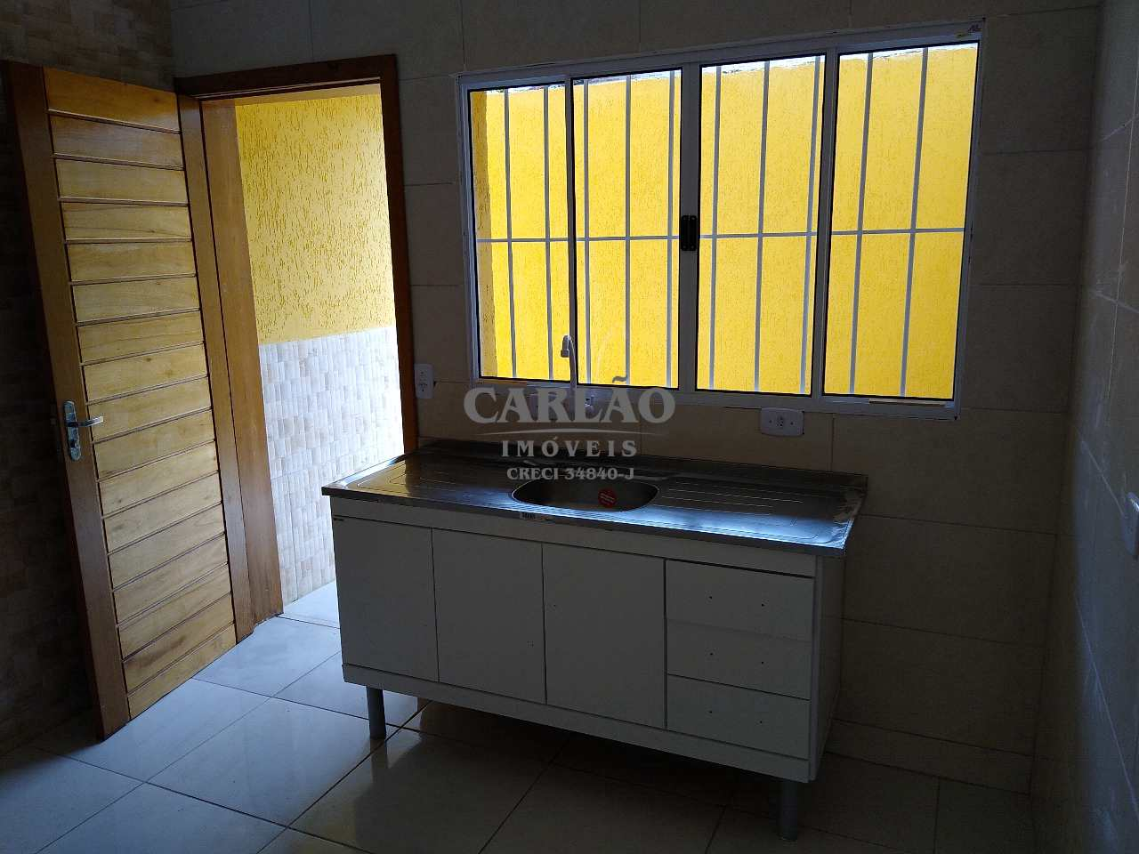 Sobrado de Condomínio com 2 dorms, Balneário Regina Maria, Mongaguá - R$ 199 mil, Cod: 353298