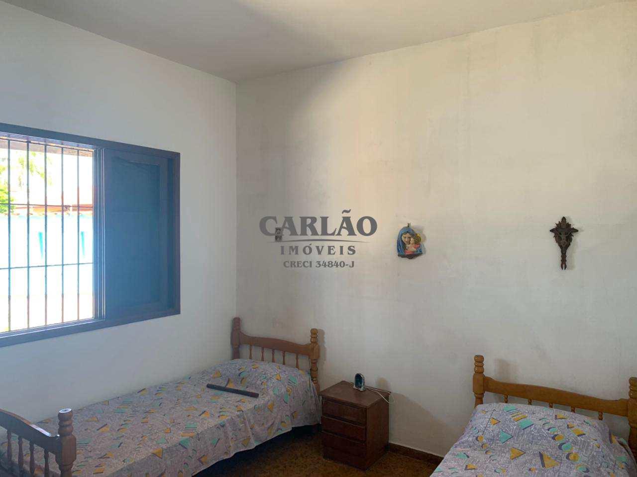 Casa com 4 dorms, Suarão, Itanhaém - R$ 296 mil, Cod: 353342