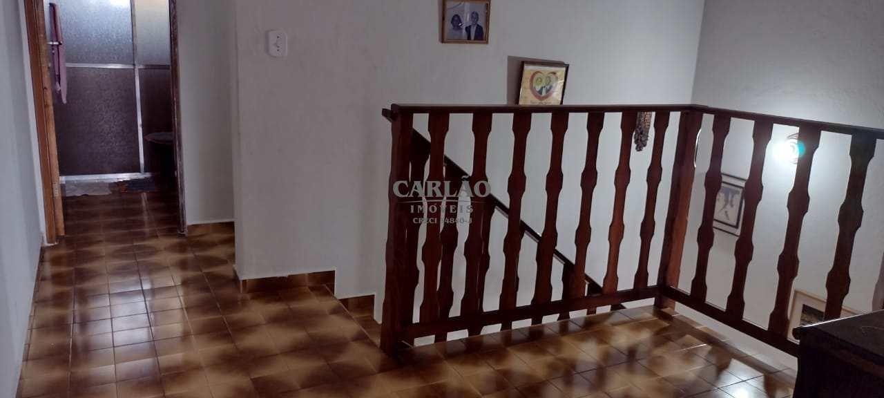 Casa com 4 dorms, Vila Oceanopolis, Mongaguá - R$ 320 mil, Cod: 353346