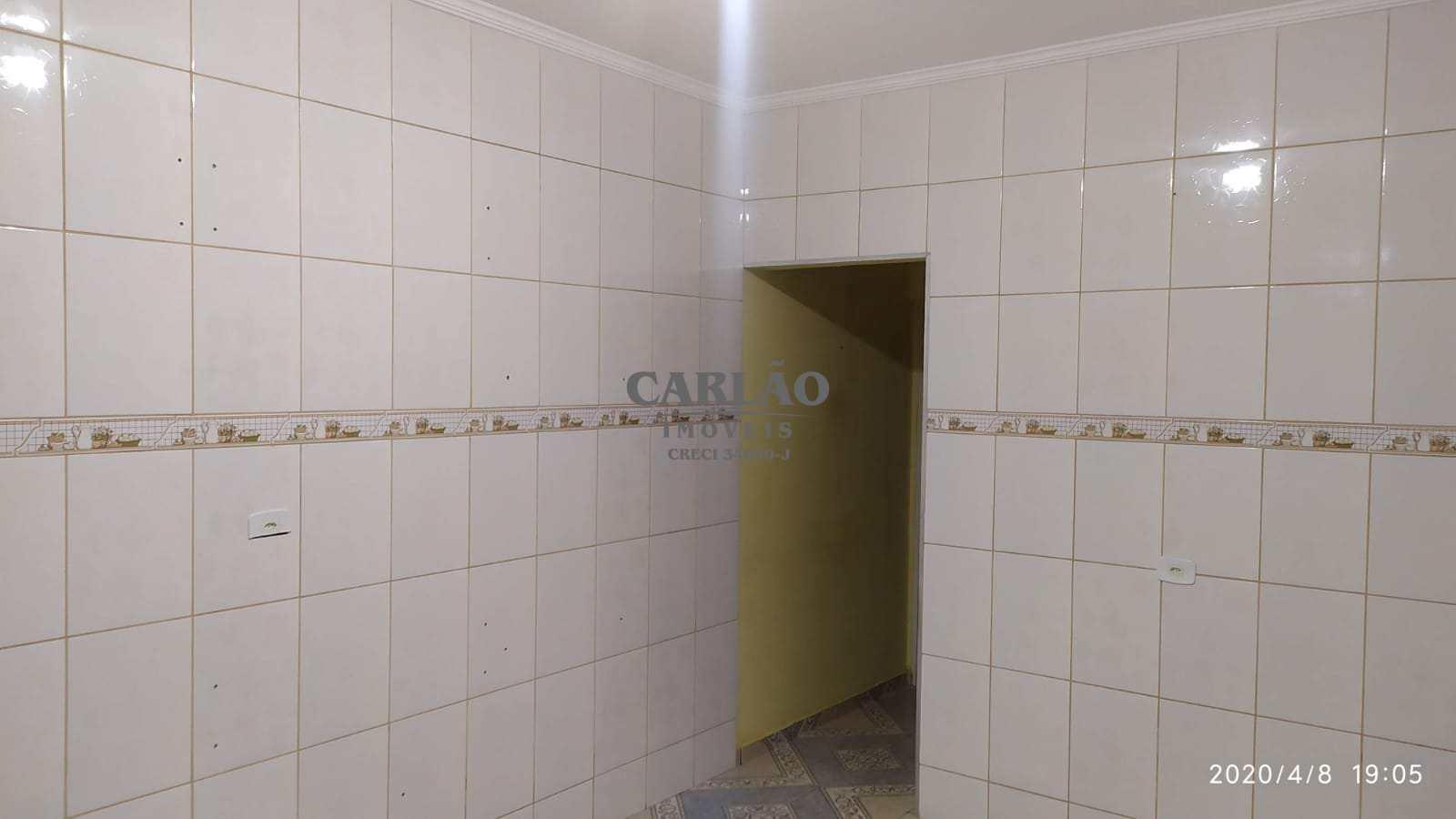 Sobrado com 2 dorms, Balneário Itaguai, Mongaguá - R$ 260 mil, Cod: 353551
