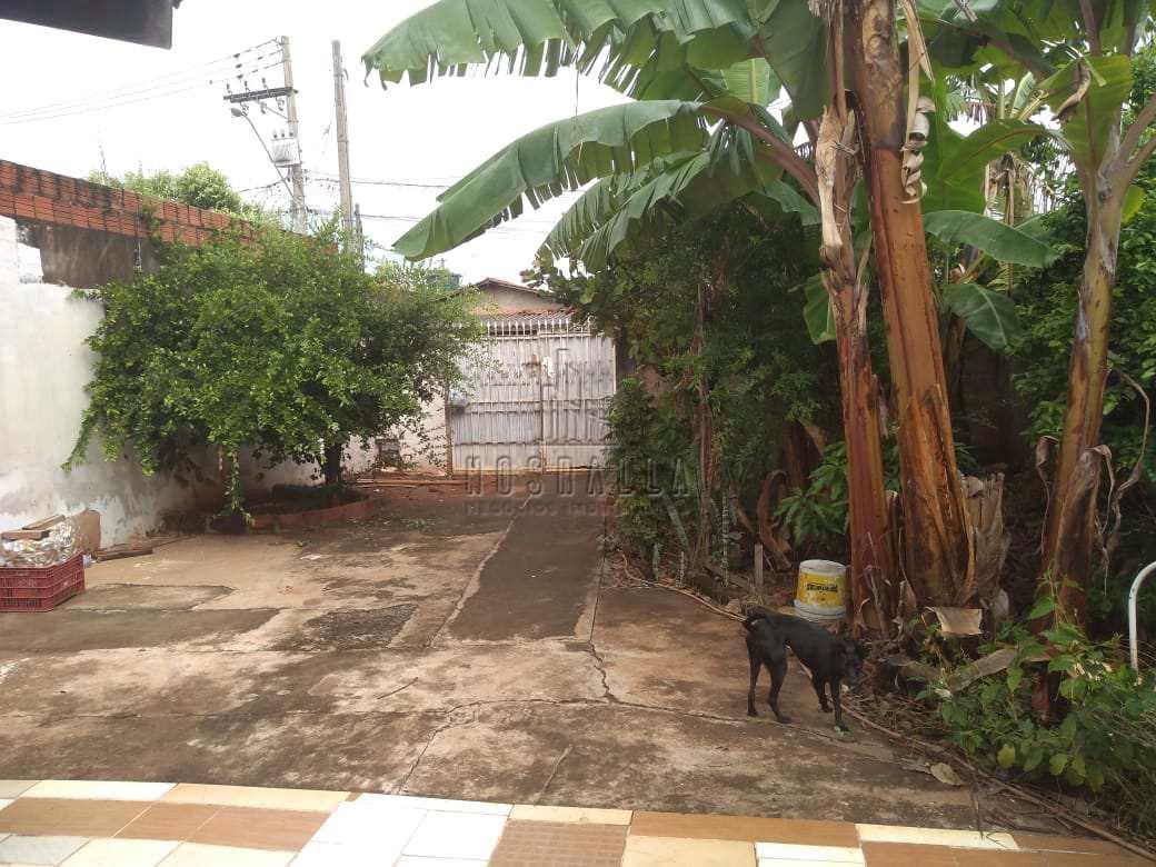 Casa com 2 dorms, Jardim Mariana, Jaboticabal - R$ 110 mil, Cod: 1723113