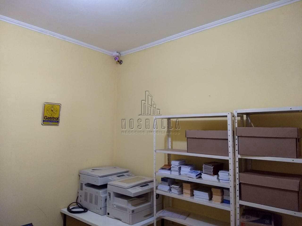 Casa para comercio ao lado da faculdade São Luis- R$ 320 mil,