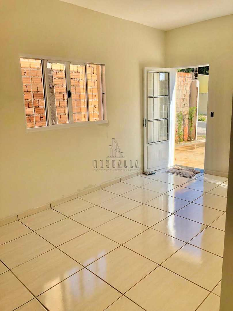 Casa com 2 dorms, Parque das Araras, Jaboticabal - R$ 180 mil, Cod: 1723416