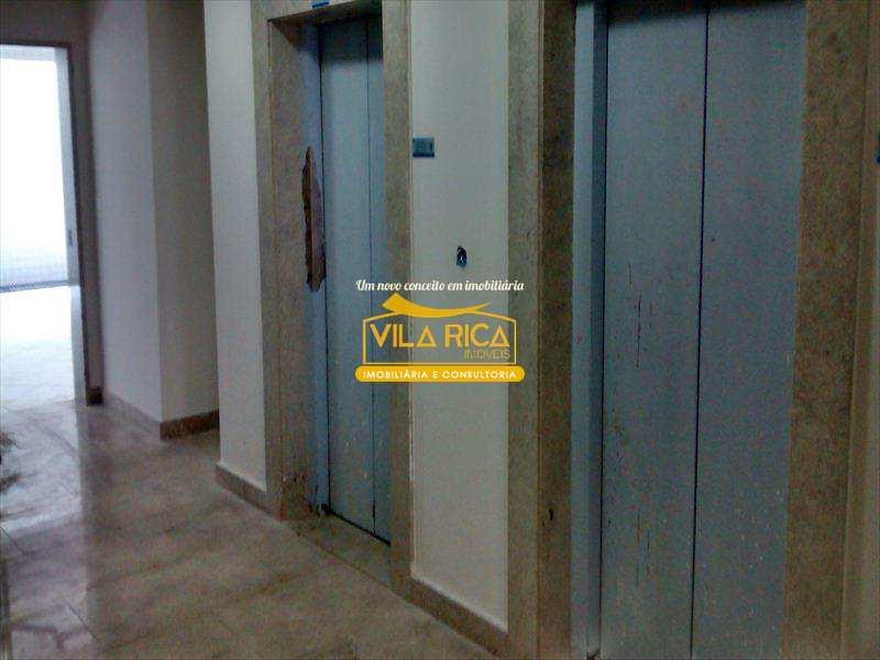 333100-05_HALL_DE_ELEVADORES