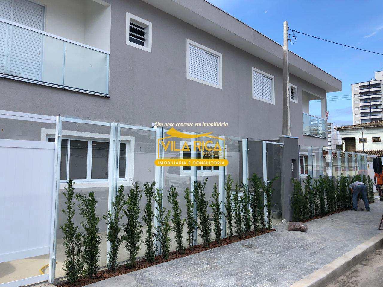 Sobrado com 3 dorms, Guilhermina, Praia Grande - R$ 530 mil, Cod: 376897