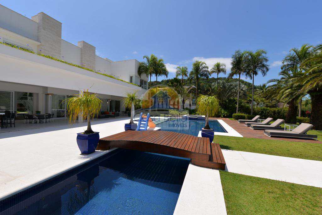 Sobrado de Condomínio com 7 dorms, Marina Badra Guarujá, Guarujá - R$ 18.5 mi, Cod: 2928